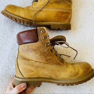 Timberland Classic Tan Leather Combat Winter Boots